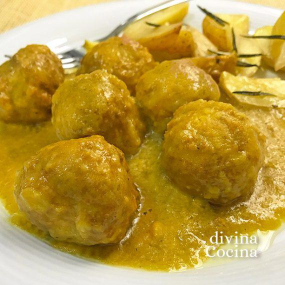 albondIgas-de-pollo-al-curry-destacada