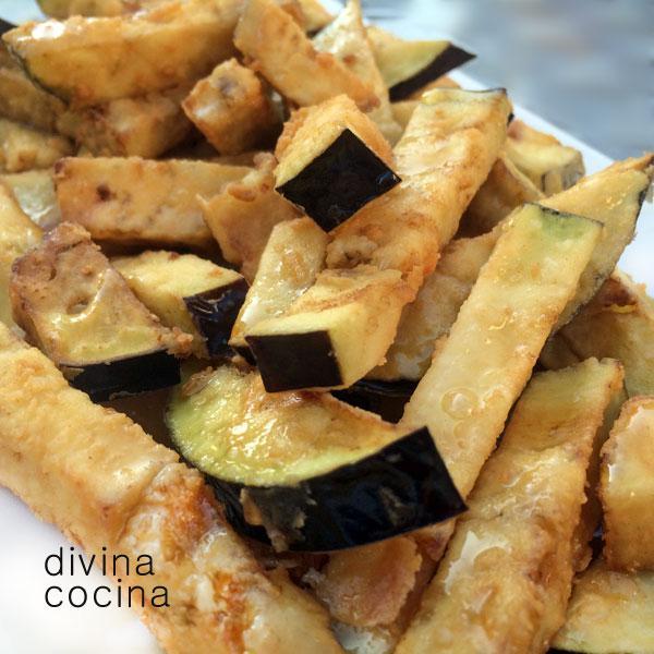 Berenjenas fritas con miel (o calabacines)