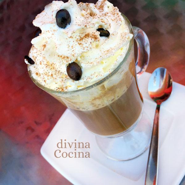 cafe-vienes-en-una-copa