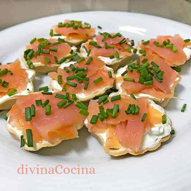 canapes-de-salmon-en-blinis1