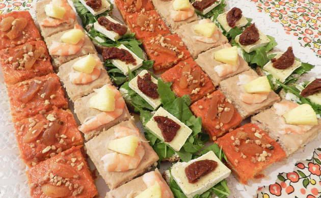 Cocinando con francis for Canapes faciles y rapidos frios