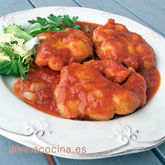 cazon-con-tomate