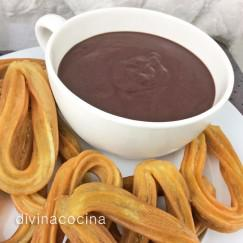 chocolate-a-la-taza-con-churros