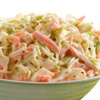 Ensalada de col americana (coleslaw)
