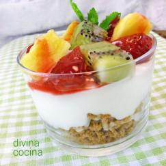 crema-de-yogur-con-frutas