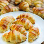 Croissants caseros de hojaldre