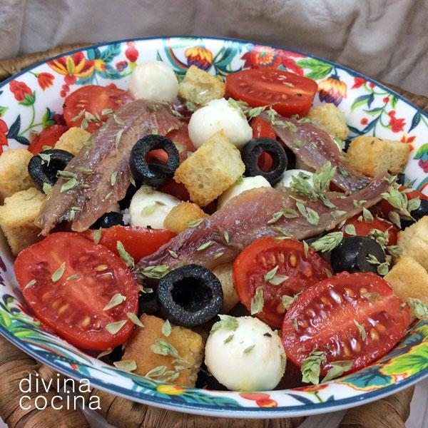 ensalada-de-tomates-y-anchoas