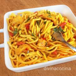 espagueti-con-pollo-al-curry