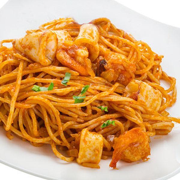 Espaguetis a la marinera en Patatas a la marinera