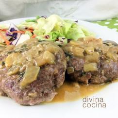 hamburguesas-en-salsa-plato