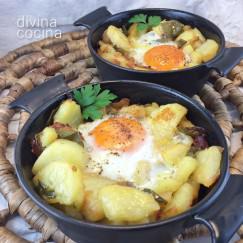 huevos-con-patatas-al-horno-cazuelas