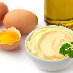 mayonesa-en-un-bol