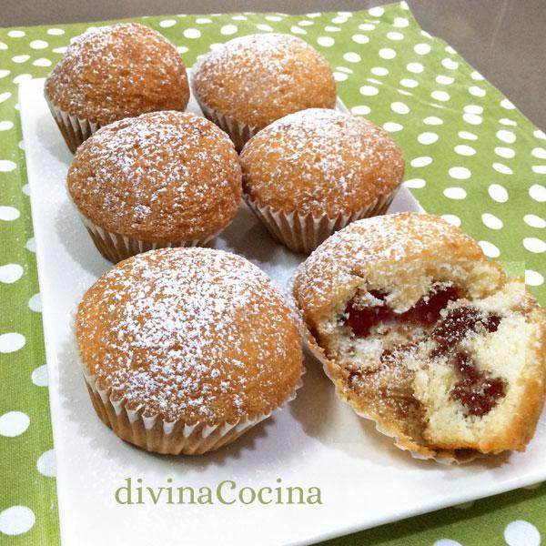 muffins-nutella-en-una-bandeja