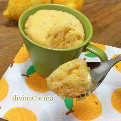 mug-cake-de-limon-cuchara