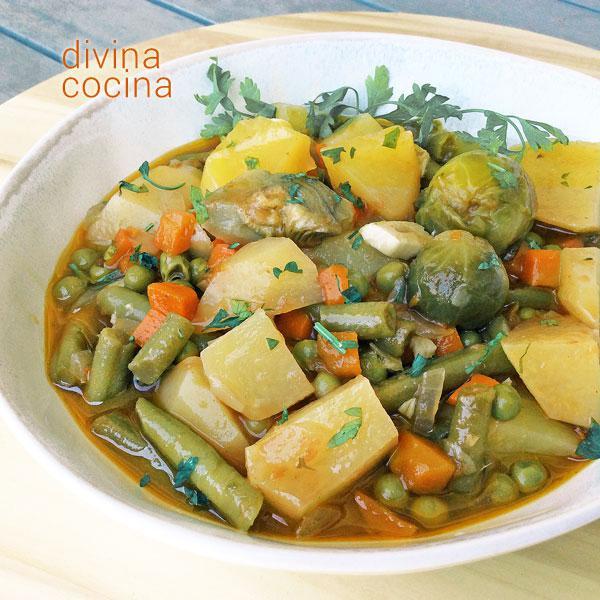 Patatas con menestra de verduras