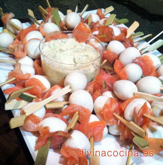 pincho-de-huevo-de-codorniz-y-salmon