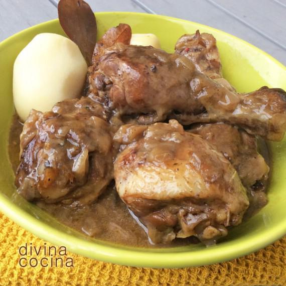 pollo-guisado-al-chocolate