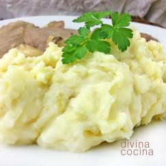 pure-de-patatas-en-plato