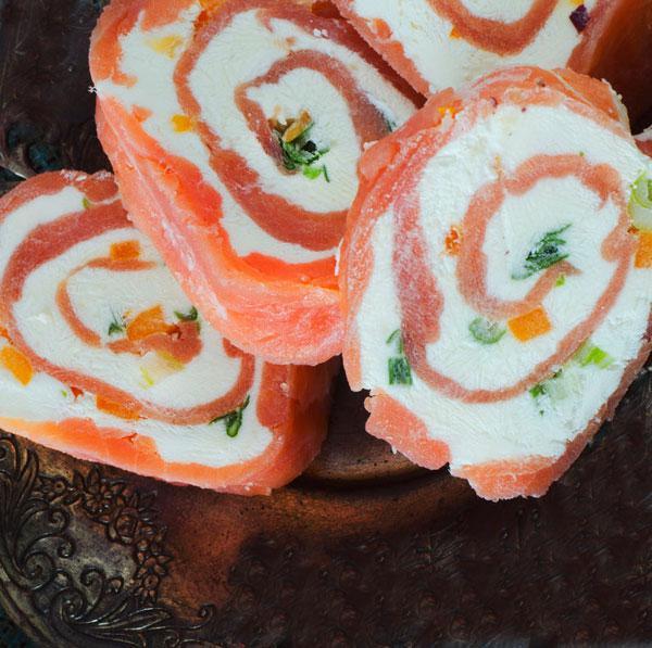rollitos-de-salmon-y-mango