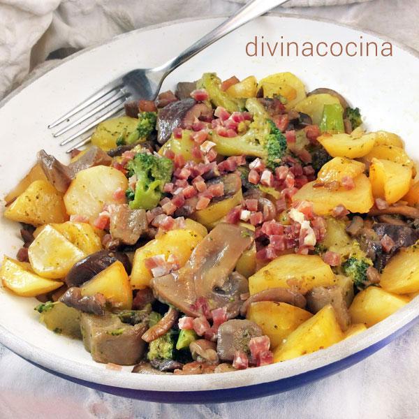 Salteado de patatas, setas y brócoli en Brócoli a la crema con patatas