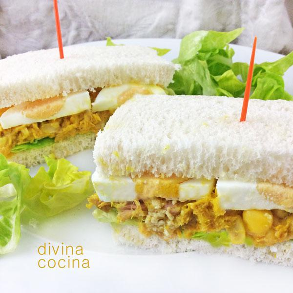 Sándwich de atún al curry