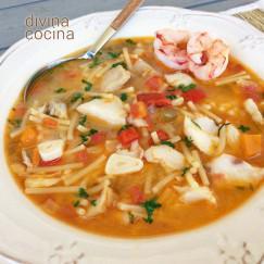 sopa-de-pescado-facil