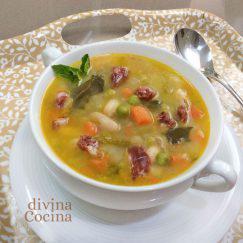 sopa-de-verduras-con-jamon