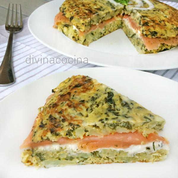Receta de Tortilla de espinacas rellena de salmón