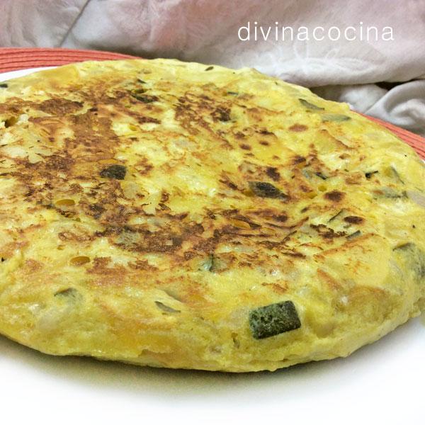 tortilla-de-patatas-y-calabacin-entera1