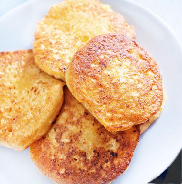 tortitas-queso-crema-en-un-plato