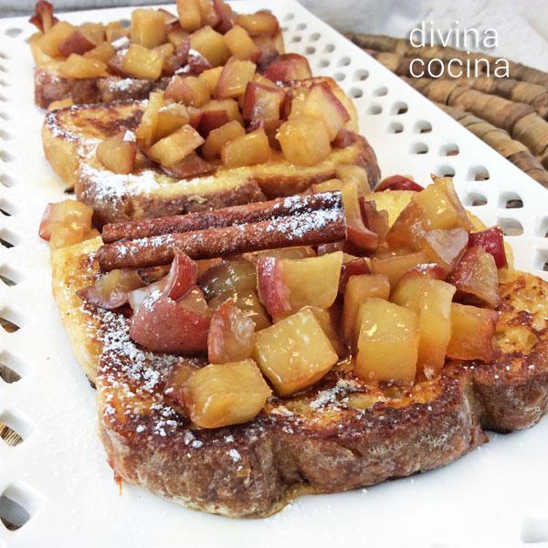 Tostadas francesas con manzanas caramelizadas en Tostadas francesas con canela y frutilla