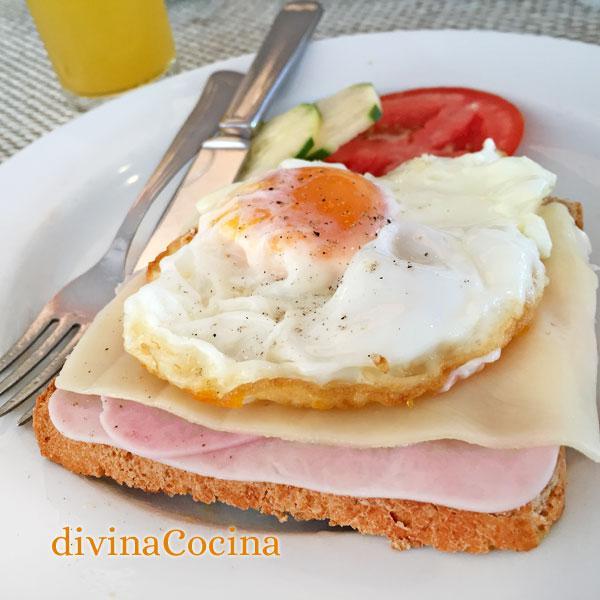 Huevos en tostadas en Tostadas noruegas