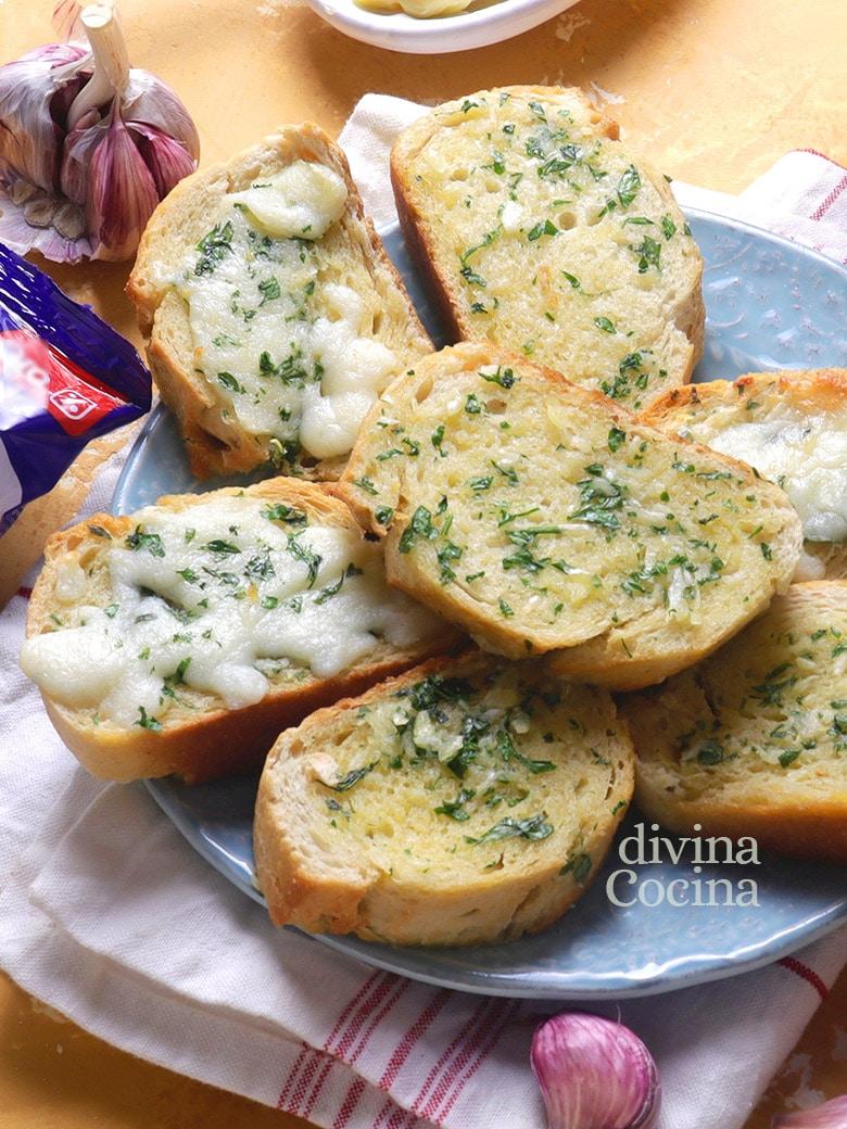 pan de ajo y pan de ajo con queso