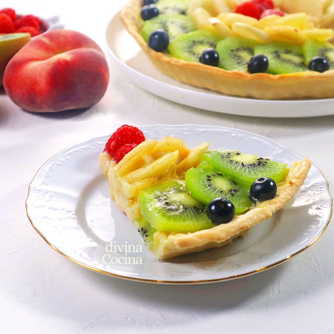 tarta de crema y frutas