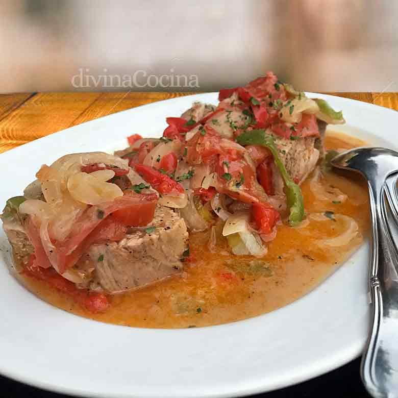 atun en salsa con verduras