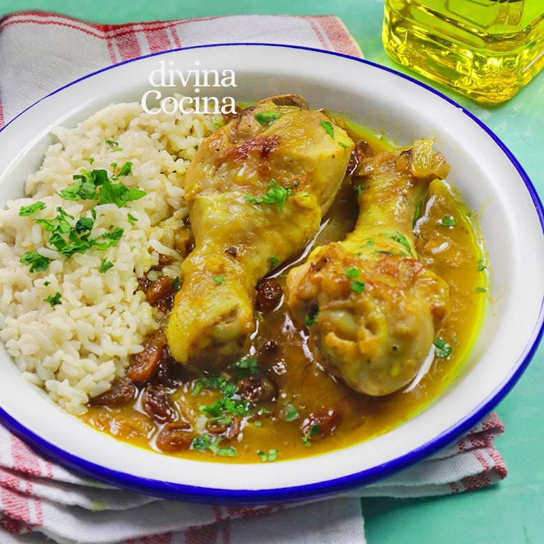 pollo guisado al curry con pasas