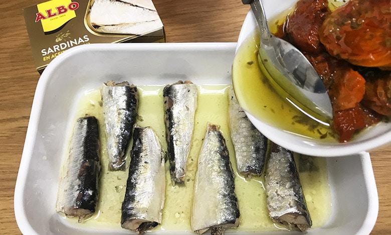sardinas marinadas detalle