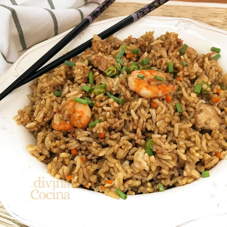 arroz frito japones yakimeshi