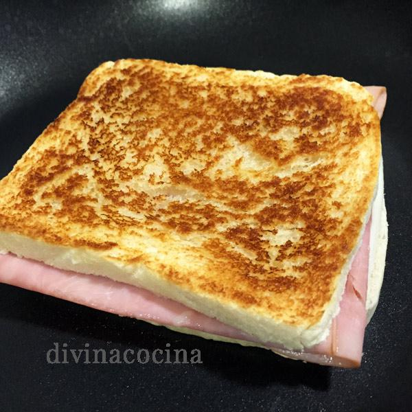 sándwich tostado