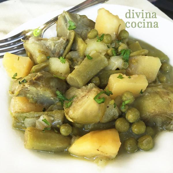 alcachofas con patatas y guisantes