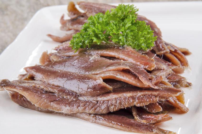 anchoas en salazon caseras plato