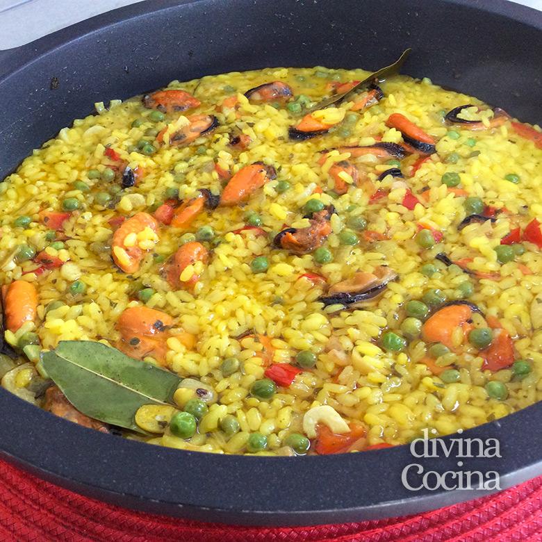 arroz con mejillones cazuela