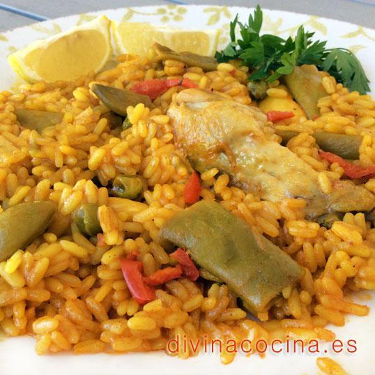 Arroz con pollo y verduras