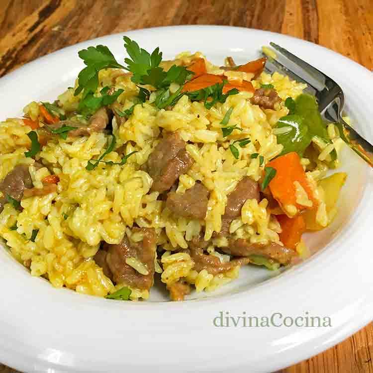 Receta de arroz con ternera al curry - Divina Cocina