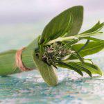 Qué es un Buquet Garni, sus usos y cómo hacerlo