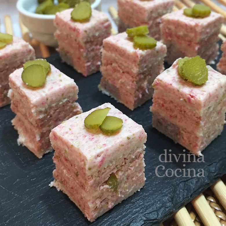 canapes de pan de molde salami