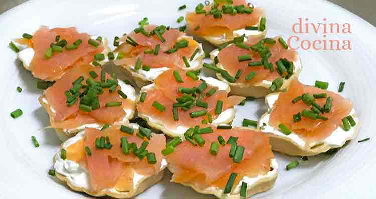 canapes-salmon-blinis1