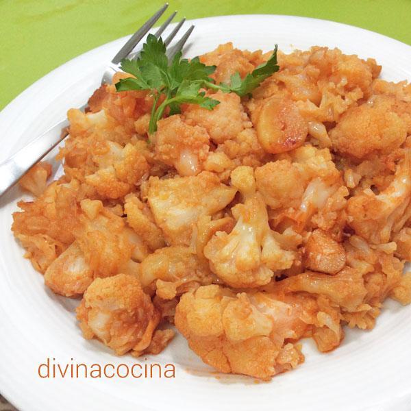 coliflor-esparragada-en-un-plato