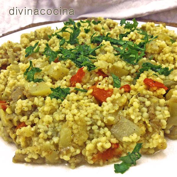 cuscus-con-verduras-en-plato
