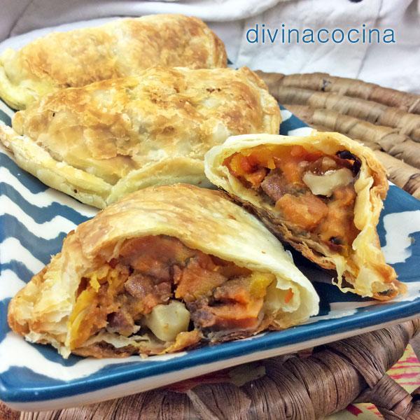 Empanadillas de batata, pasas y nueces